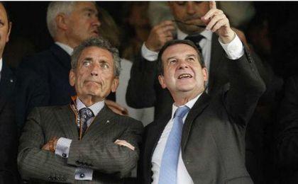 Abel Caballero (derecha) junto al presidente del Celta de Vigo, Carlos Mouriño.