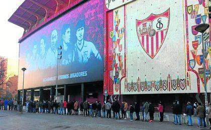 Huella digital para la entrada del Sánchez-Pizjuán.