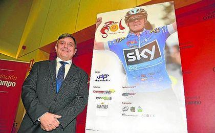 Joaquín Cuevas durante la presentación de la anterior edición de la Vuelta a Andalucía.