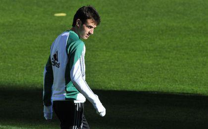 Rubén Pardo, en un entrenamiento del Real Betis. UESyndication.