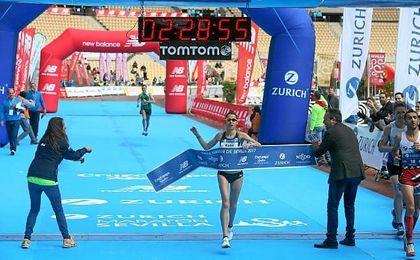 Paula González Berodia gana en Sevilla y bate su plusmarca personal