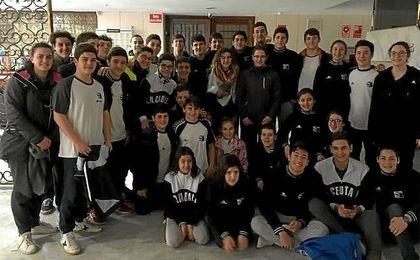 Más de cien deportistas de Ceuta, retenidos en Algeciras por corte de tráfico marítimo