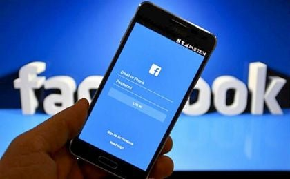Facebook, de red social a portal pirata de fútbol