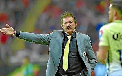 La Volpe critica al técnico español.