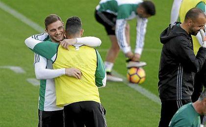 José Carlos, única ausencia en el entrenamiento del Betis