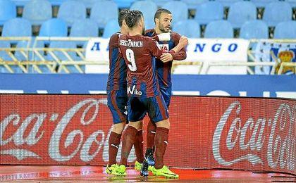 Pedro León anotó el empate en el descuento ante la Real.