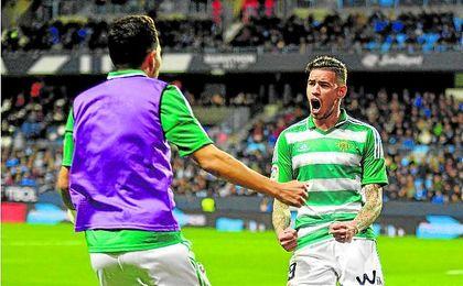 Tonny Sanabria, celebrando el gol conseguido ante el Málaga el pasado martes. UESyndication.