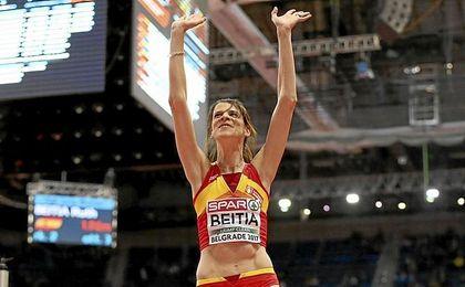 La capitana Ruth Beitia da a España la primera medalla: plata en altura