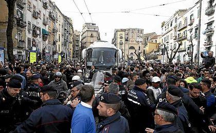 Llegada del Real Madrid a Nápoles.