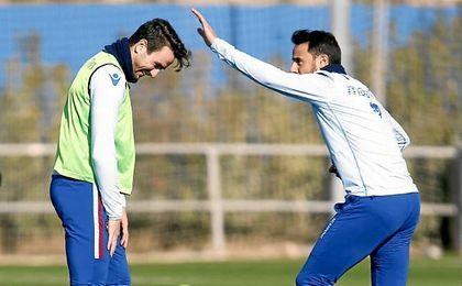 Entrenamiento del Levante. En la imagen, Pedro López y Juan Muñoz.