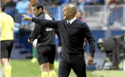 El `Gato´ Romero deja de ser entrenador del Málaga