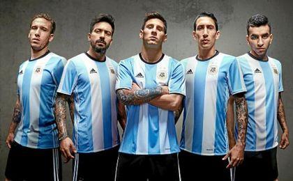 La selección argentina se mantiene en el top del ranking.