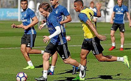 El Madrid ya piensa en su partido de liga ante los verdiblancos.
