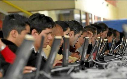 Más del 76% de los españoles confiesa que le sería difícil vivir sin Internet