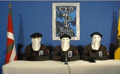 ETA anunciará este viernes su plan de desarme para proceder a la entrega de las armas