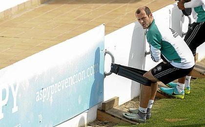 Zozulya ha seguido entrenándose con el Betis.