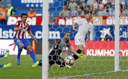 Correa hizo el gol del Sevilla en el tramo final.