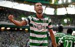 El delantero que se le escapó al Betis y pelea por la Bota de Oro con Messi