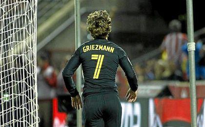 Griezmann celebrando un tanto con el Atlético.