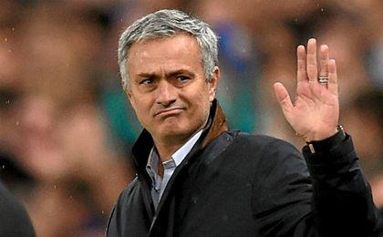 Mourinho prefiere ganar la Europa League a ser cuarto.