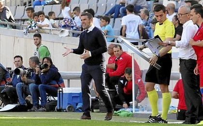 El entrenador del Córdoba no se fía del filial sevillista.