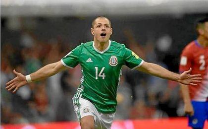 'Chicharito' Hernández alcanza a Borgetti como máximo goleador de la selección de México