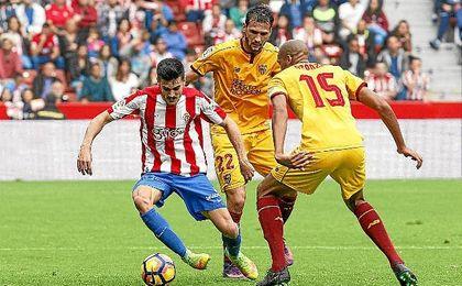 El Sevilla busca cortar su mala racha ante el Sporting.