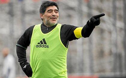 Maradona ha salido en defensa de Bauza.
