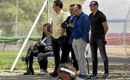 Arias, con Castro, los Del Nido.