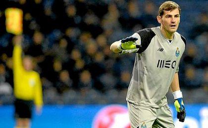 Destacada actuación de Casillas en Portugal.