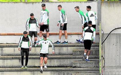 De lo que el Betis sea capaz de mostrar, dependerá que la atención se traslade a la grada del Villamarín o no.