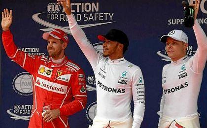 Hamilton, Vettel y Bottas, los más rápidos en China.
