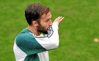 Su agente: ´Pezzella gusta a Inter y Nápoles´
