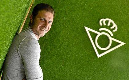 Joaquín posa para ESTADIO Deportivo en una entrevista.