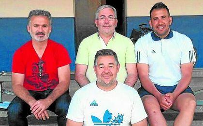 Andres Gamino, Antonio Jiménez ´Nene´ y Raúl Carmona; Javier Cadena en primer plano.