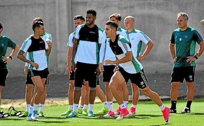 El Betis prepara su cita en Vigo.