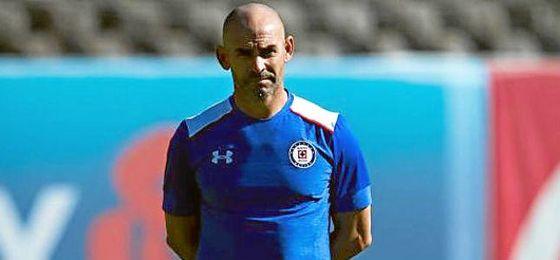Paco Jémez entrena actualmente a Cruz Azul.