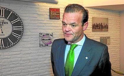 El consejero bético Rafael Salas necesita recabar apoyos.