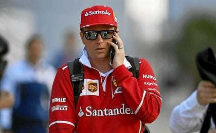 Raikkonen empieza dominando con Alonso y Sainz fuera del 'Top 10'