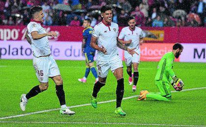 Correa abrió el camino del triunfo ante el Celta el jueves.