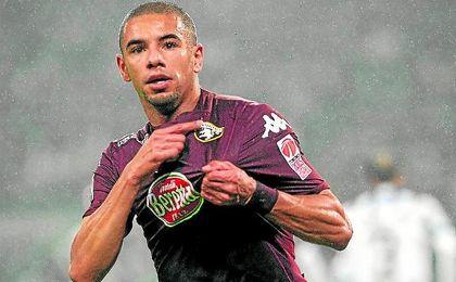 El agente de Peres niega que haya habido contactos por el jugador