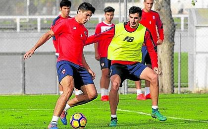 Diego González y Álex Muñoz formarán la pareja de centrales en Anduva.