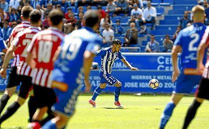 Theo Hernández dio el triunfo al Alavés con este zurdazo.