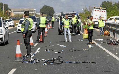 Así de destrozadas quedaron las bicicletas de los ciclistas atropellados.