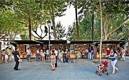 Manuel Vicent y Espido Freire visitan este miércoles la Feria del Libro