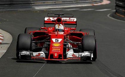 Vettel fue el más rápido de los entrenamientos libres.