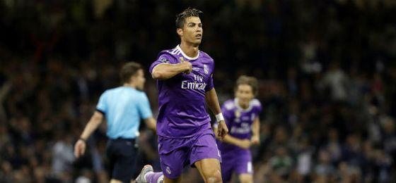 """Ronaldo: """"Los que me critican tienen que meterse otra vez la guitarra en el saco"""""""