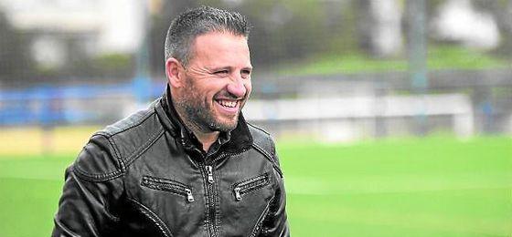 El alcalareño Domingo Caro no seguirá la temporada próxima en el UD Morón.