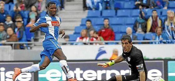 El Espanyol traspasa a Mamadou al Kas Eupen belga por 2,3 millones.
