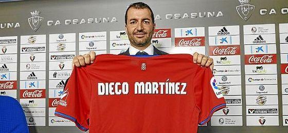 Diego Martínez, en su presentación con Osasuna.